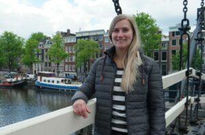 Travel consultant Aline