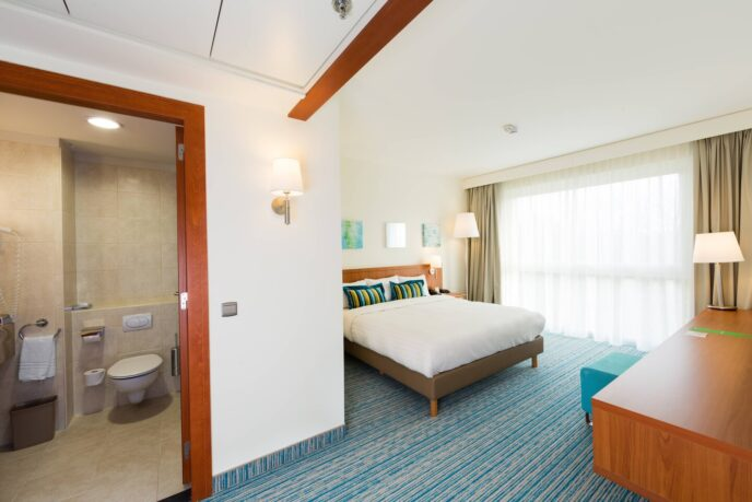 courtyard hotel room