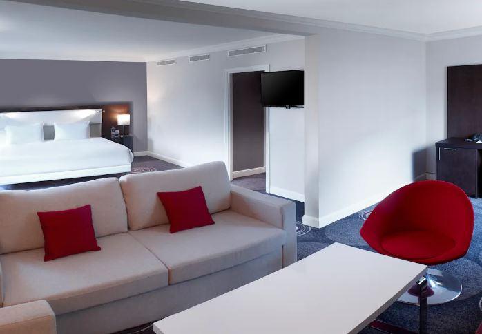 hilton hotel-room