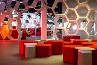 radisson-red-lounge