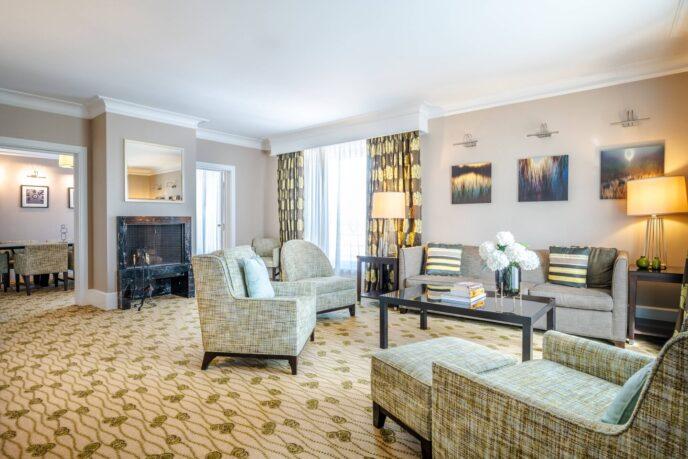 renaissance hotel president