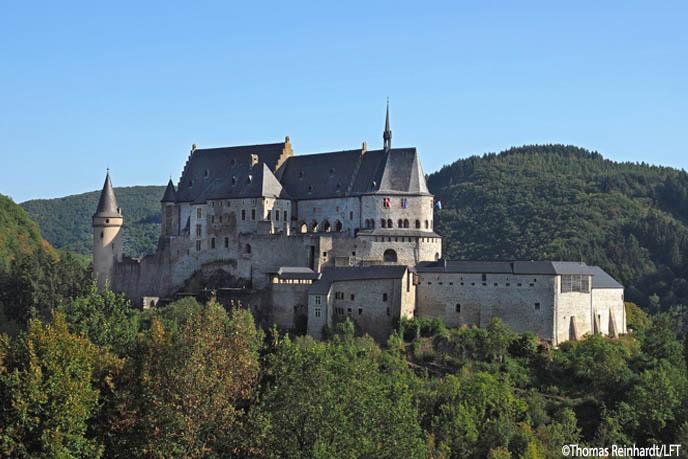 Vianden Castle luxembourg cc Thomas Reinhardt --LFT